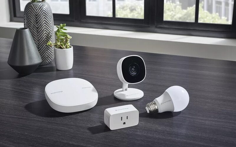 SmartThings_Wifi_Cam_Plug_Bulb_NoCord_002.0